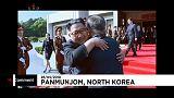 Encuentro (y abrazo) por sorpresa entre las dos Coreas