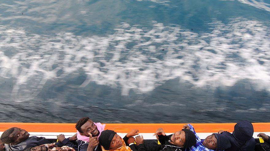 Поток мигрантов из Ливии снова растет