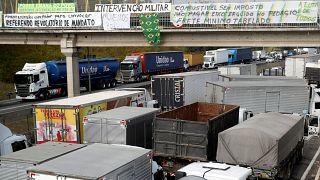 Βραζιλία: 2,5 δισ. ευρώ κοστίζει η απεργία των φορτηγατζήδων