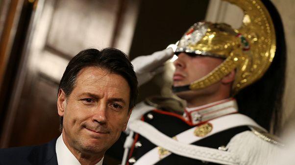 Itália: Giuseppe Conte desiste de formar governo