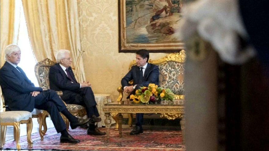 El jurista Giusepe Conte renuncia a formar Gobierno en Italia