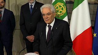 Cottarelli atteso al Colle oggi, M5S e Lega furiosi invocano impeachment e voto