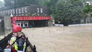 Θεομηνία έπληξε το Μέριλαντ-Δρόμοι έγιναν ορμητικά ποτάμια