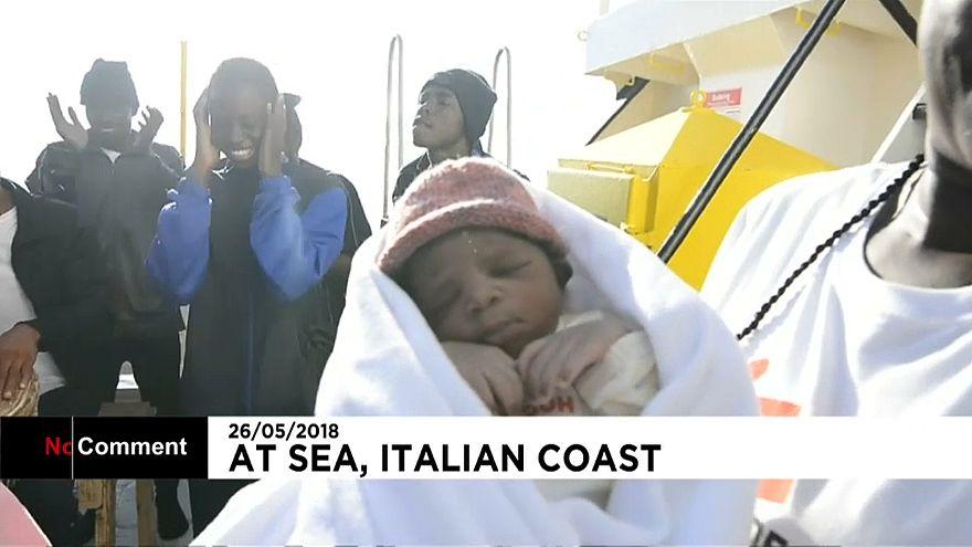 """Méditerranée : naissance d'un bébé prénommé """"Miracle"""" à bord d'un bateau humanitaire"""