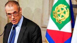 Cottarelli acepta el encargo de formar un gobierno de transición en Italia