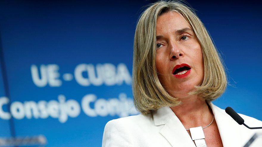 Mogherini'den İtalya Cumhurbaşkanı'na destek