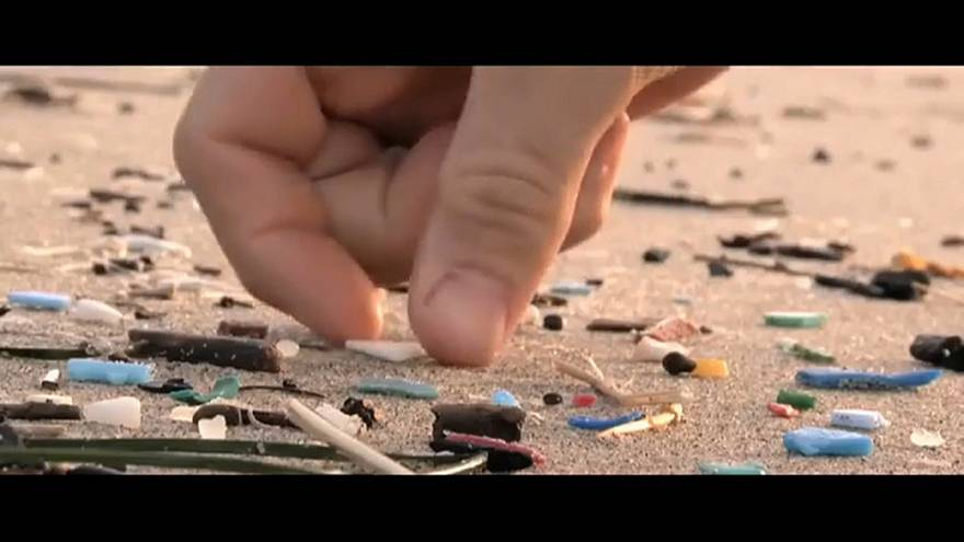 Umweltsünde Plastikstrohhalm