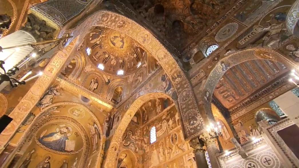 Capela Palatina é conhecida pela beleza dos mosaicos