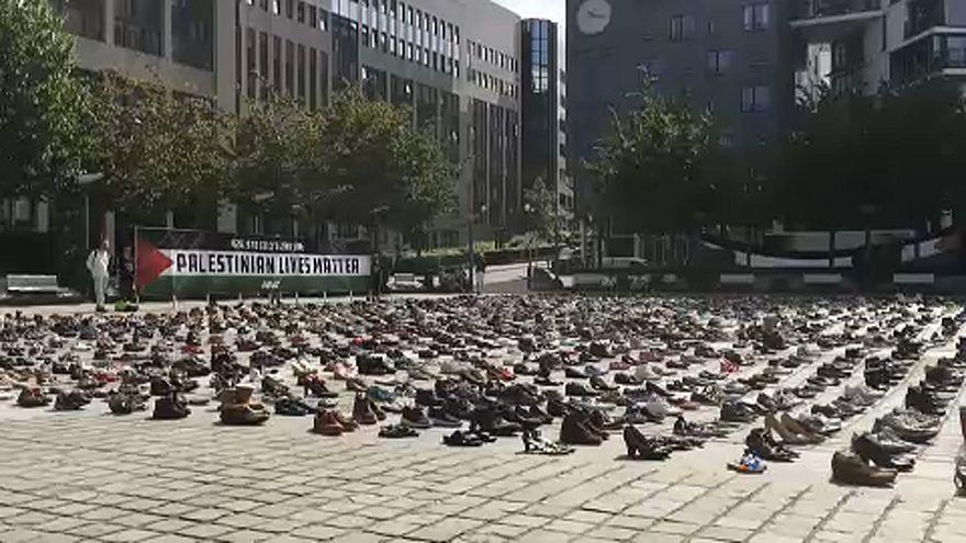 4500 pares de sapatos em Bruxelas pela Palestina