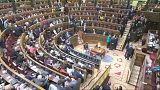 Bizalmatlansági szavazás előtt a spanyol parlament