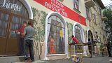 De edifício abandonado a mural de apoio ao Mundial