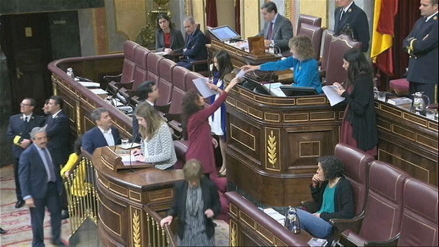 Corruzione: in parlamento la mozione di sfiducia al premier