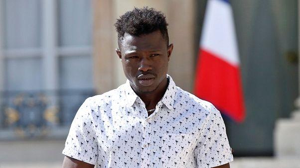 Mamoudou Gassama, alias « Spiderman » sera naturalisé français