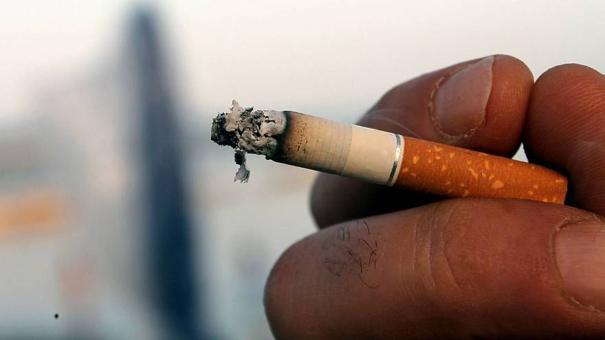 One million French smokers ditch habit in a year: survey