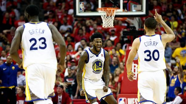 NBA: i Warriors stendono i Rockets e volano in finale