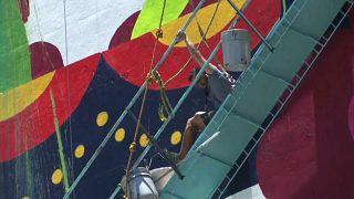 Meksika'da duvar ressamları ölümden döndü