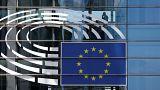 Η ακροδεξιά ευρωομάδα ΕΝF και οι ακριβές σαμπάνιες και τα δώρα