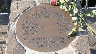Alemanha e Turquia juntas na homenagem às vítimas de Solingen
