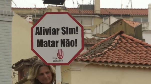 El Parlamento de Portugal decide si despenaliza la eutanasia