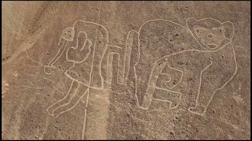 اكتشاف رسومات أرضية عملاقة جنوب البيرو