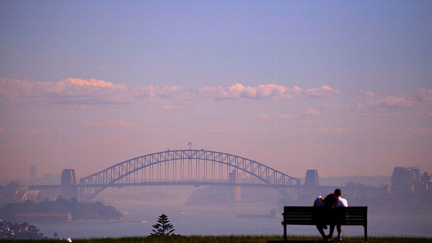 Sydney dans la brume