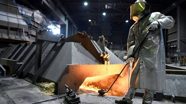 OECD: a túltermelésre a termelés csökkentése a megoldás