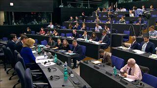 بروكسل تزيد الإنفاق المالي لصالح دول الاتحاد  التي عانت بسبب أزمة اللاجئين