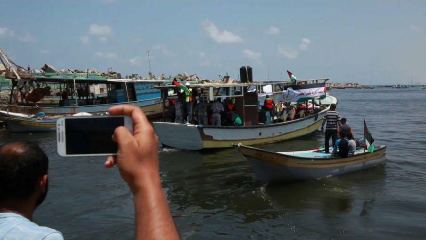 Pescherecci palestinesi salpano verso Cipro. Marina israeliana ne ferma uno.