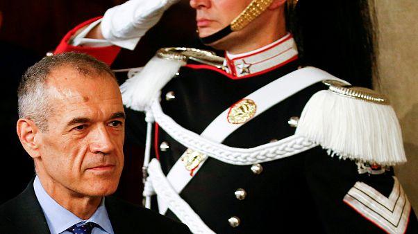 Mattarella e Cottarelli debatem pressão para eleições antecipadas