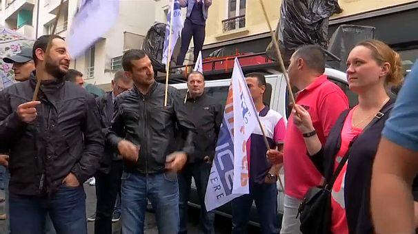 اعتصاب پلیس در فرانسه / «خودروها را جریمه نخواهیم کرد»