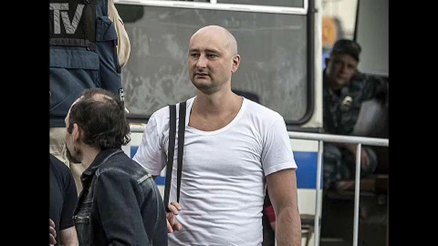 Orosz ellenzéki újságírót gyilkoltak meg Kijevben
