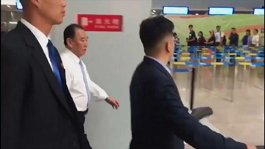 Doch bald Gipfel? Hoher nordkoreanischer Funktionär fliegt in die USA