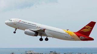 هبوط اضطراري هو الثاني خلال أسبوعين لطائرة صينية بسبب تشقق النوافذ