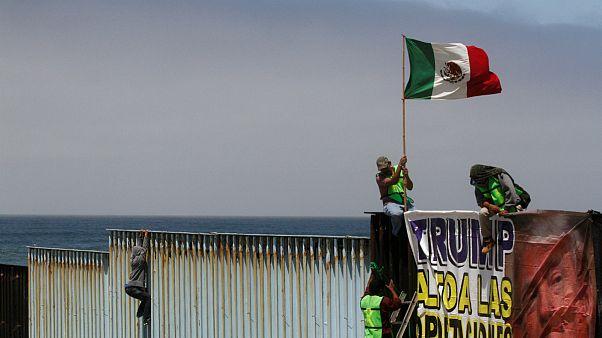 اعتراض در مرز آمریکا و مکزیک