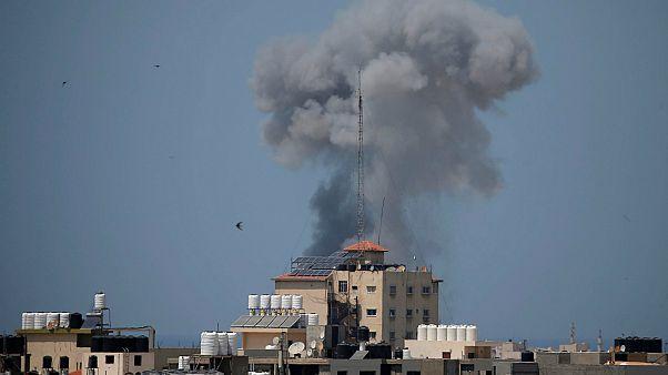 غزة وحماس والصواريخ وذاكرتنا القصيرة...