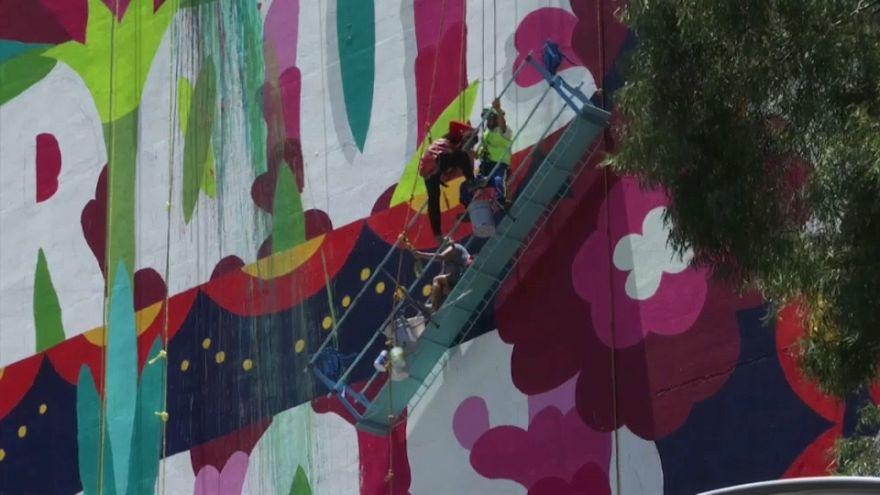 Beinah-Absturz von Graffiti-Künstlern aus 20 Metern Höhe
