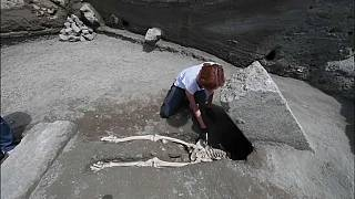 Kopfloser Mann in Pompeji ausgegraben