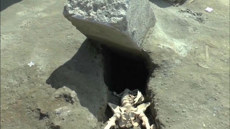 Ruines de Pompéi : le squelette de l'horreur
