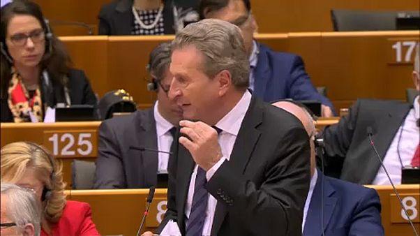 Oettinger'in gafı İtalya'da tepki ile karşılandı