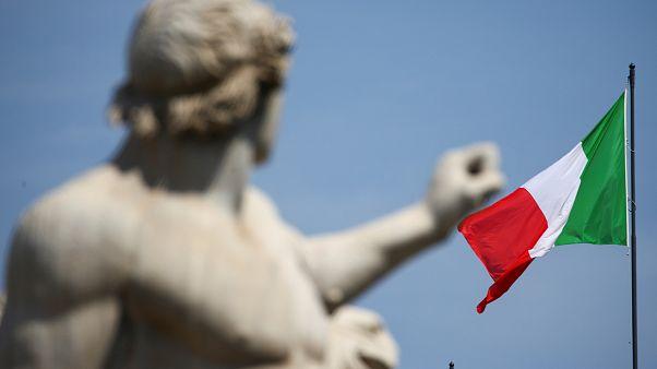 Ιταλία: Η πολιτική αβεβαιότητα παρασύρει τις αγορές