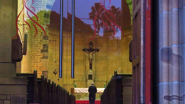 جایگاه دین در زندگی شهروندان اروپای غربی چیست؟
