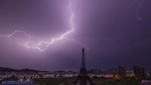 Tempestade na Cidade Luz