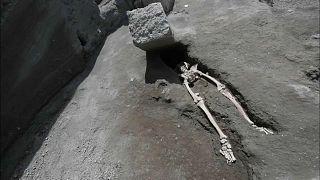 В Помпеях нашли древнеримский скелет