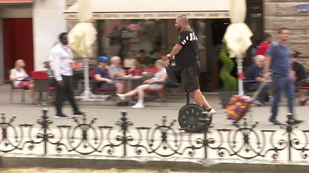 Budapest, al bando monoruote e bighe elettriche
