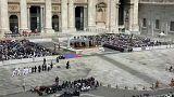 Vatikan'da Güney Koreli sporcuların tekvando gösterisi ve barış mesajları