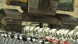 Уничтожение конфискованных мотоциклов на Филиппинах