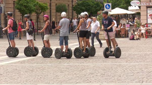 """Budapest prohíbe """"segways"""" y bicicletas eléctricas por sus aceras"""