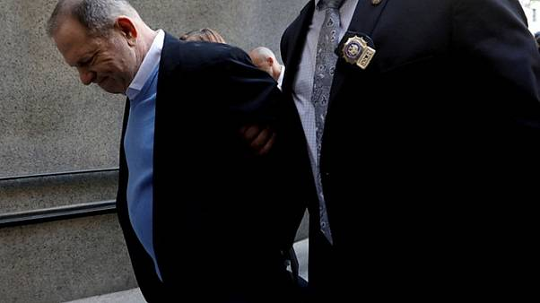 Kατηγορίες για βιασμό απαγγέλθηκαν στον Χάρβεϊ Γουάινσταϊν