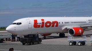 На крыло самолета из-за шутки о бомбе