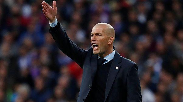 لماذا استقال زيدان من تدريب ريال مدريد؟